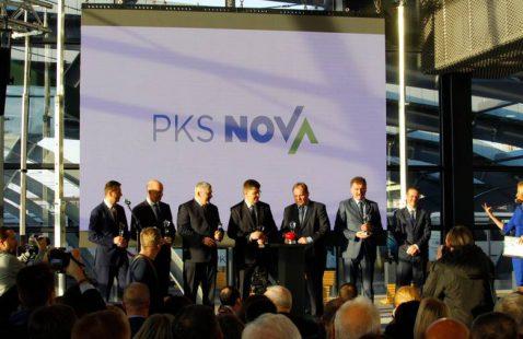 uroczyste przekazanie podróżnym inwestycji PKS Nova